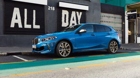 BMW 1er von links