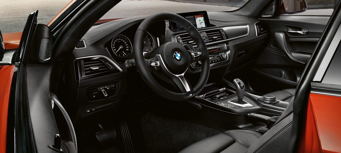 BMW 2er Coupé, Cockpit